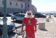Djed Božićnjak u Senju