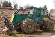 Iz radnog stroja otuđio 380 litara goriva