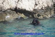 U moru na predjelu Druge Drage pronađna tri topnička zrna call 75 mm.