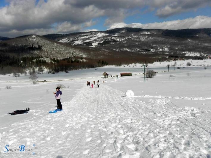 Krasno je bilo u Krasnu na krasnu snijegu