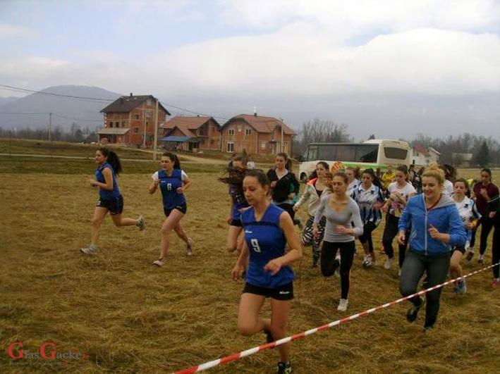Mlade Gačanke i Gačani pobjednici u krosu u Ličko-senjskoj županiji