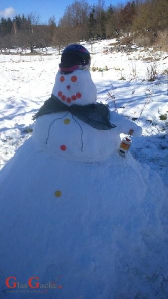 Snjegovići drinkeri i ribolovci...