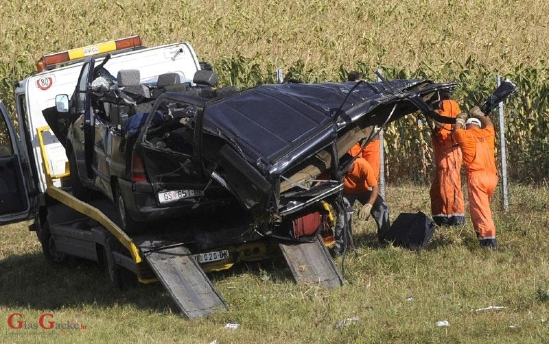 Jučerašnje poginule tri osobe u Srbiji su s područja Otočca