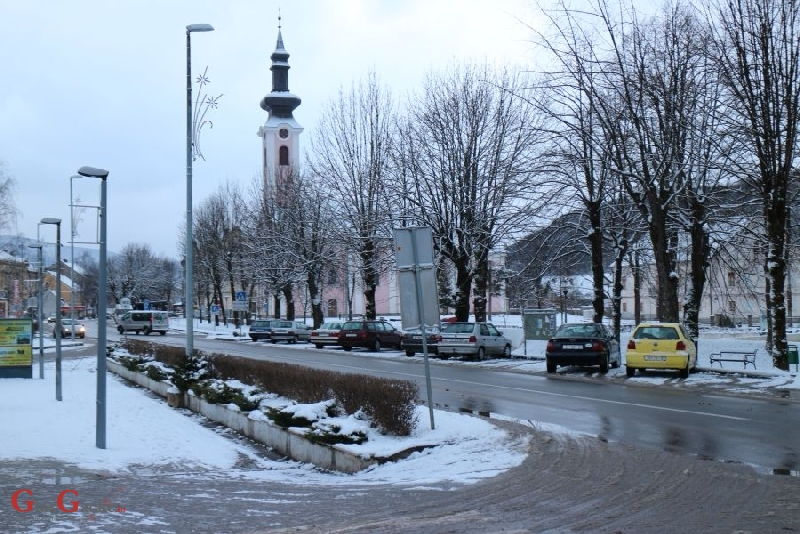 Otočac jutros s novih 6 cm snijega