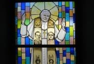 Novi vitraji na crkvi Presvetog Trojstva!