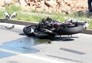 Tri motora i automobil u teškoj prometnoj nesreći