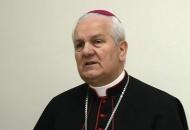 Biskup Komarica predvodi Jurjevu u Senju