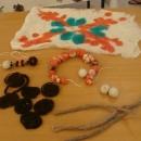 Veliki interes djece  za  radionicu izrade Japodskog nakita od vune