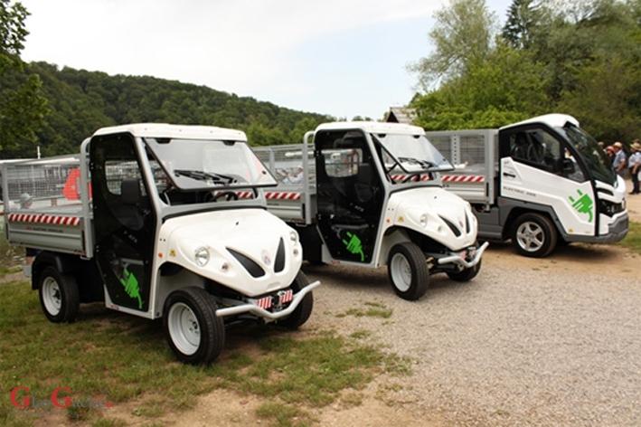 NP Plitvička jezera nabavio električna vozila