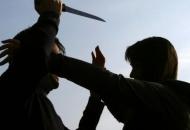 Napad nožem na stranca