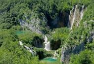 Kad zelenilo proguta Plitvička jezera