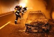 U tunelu Mala Kapela izgorio automobil