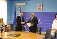 Potpisan Sporazum o stipendiranju učenika koji se obrazuju za deficitarna zanimanja s Obrtničkom komorom LSŽ-e