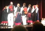 Gačanski folkloraši na Božićnom sajmu s primjerenim repertoarom