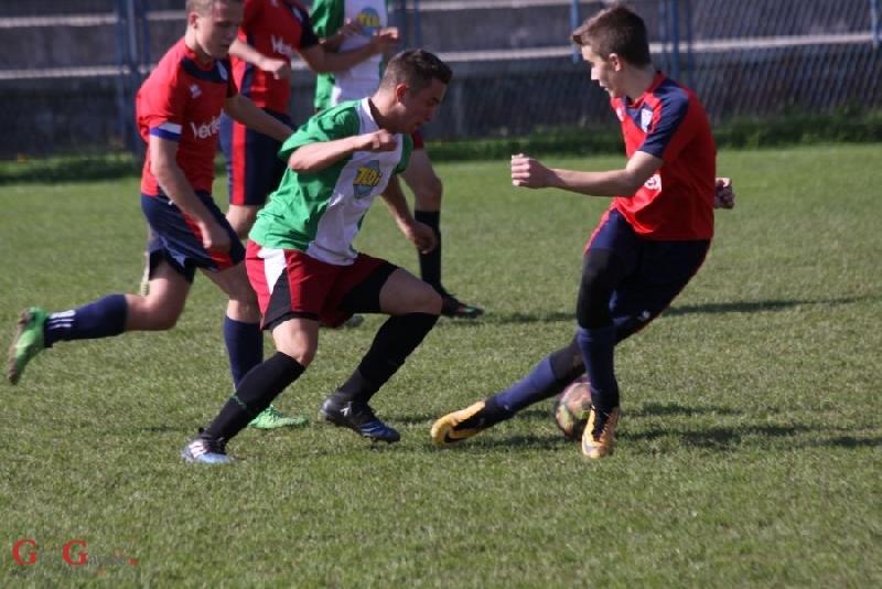 Kadeti NK Otočac nerješeno, juniori pobijedili