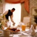 Kako riješiti manjak radnika u turističkom sektoru?