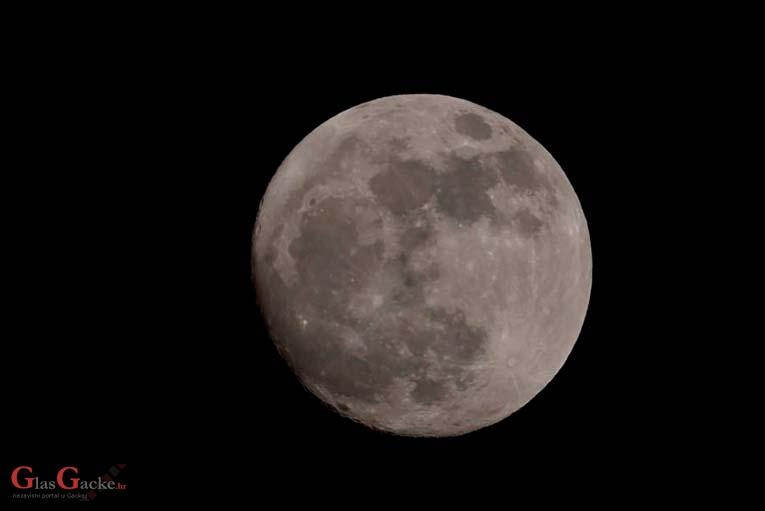 Eto nama i pomrčine Mjeseca, pa tko preživi