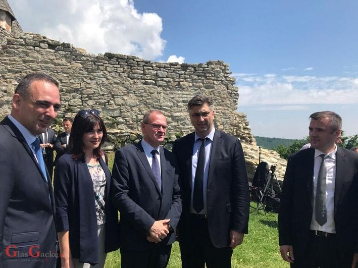Povjerenici ŽO HDZ-a LSŽ i GO Gospića na Medvedgradu