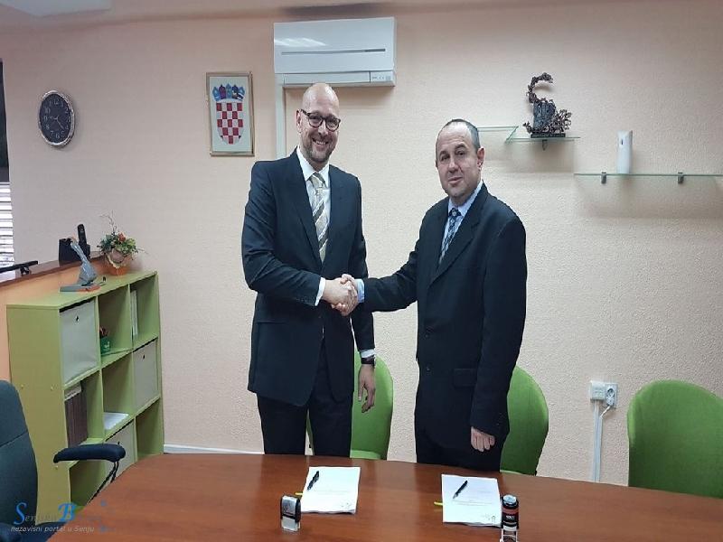 Potpisan ugovor za izgradnju i opremanje reciklažnog dvorišta u Senju