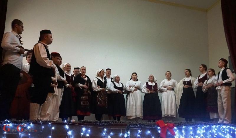 Božićni koncert KUD-a Brinje
