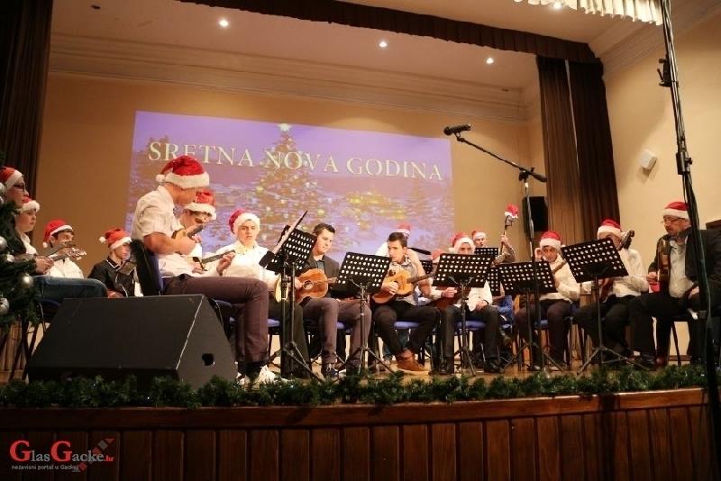 Večeras koncert Tamburaškog orkestra GPOU-a Otočac