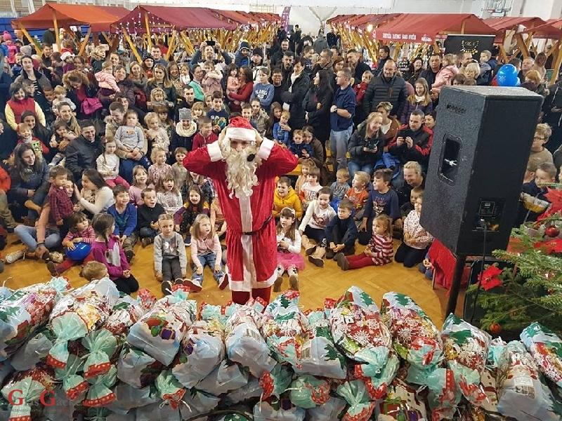 Zaboravni Djed Mraz nije zaboravio darove