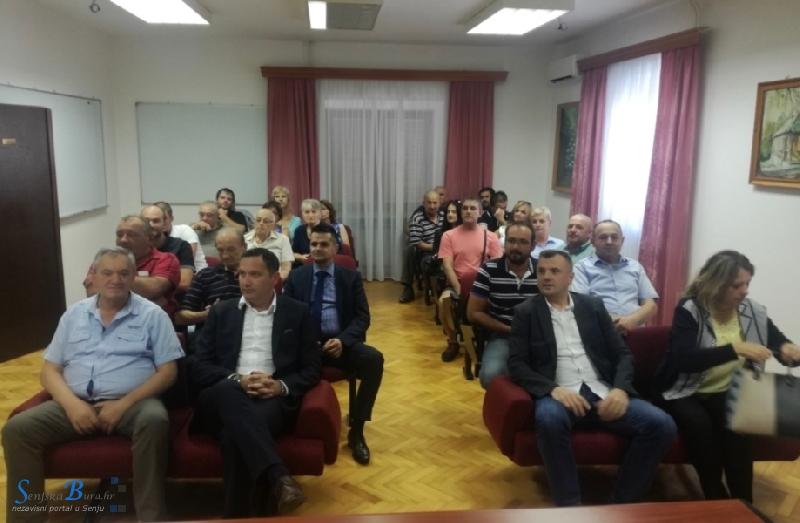 Marijan Kustić predstavio program u Karlobagu: načelnik Tomljenović pozvao na izbore u nedjelju 9. rujna 2018.