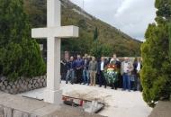 Delegacija Grada Senja polaganjem vijenaca i paljenjem svijeća obilježila blagdan Svih svetih