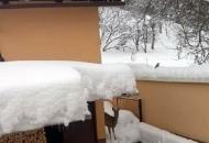 Red je skloniti se od visoka snijega