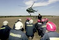 Osposobljavanje vatrogasaca za prijevoz helikopterom