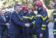 Predsjednik Vlade Andrej Plenković na svečanoj sjednici Skupštine Hrvatske vatrogasne zajednice u Otočcu