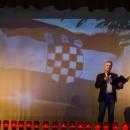 """Glazbeno-scenska predstava """"Bitka za Vukovar – kako smo branili Grad i Hrvatsku"""" razgalila srca u gradu podno Nehaja"""