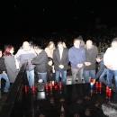HDZ-ovci zapalili svijeće na grobu Dražena Bobinca