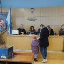 Po prvi put božićnice za umirovljenike i nezaposlene sa područja grada Gospića