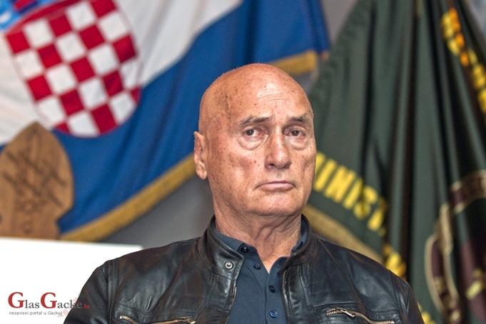 Kad čujem pojam 'europski Srbi' sjetim se srpanj-skih klanja i okretanja svećenika na ražnju...