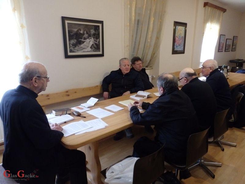 Korizmeni sastanak svećenika Otočkoga dekanata