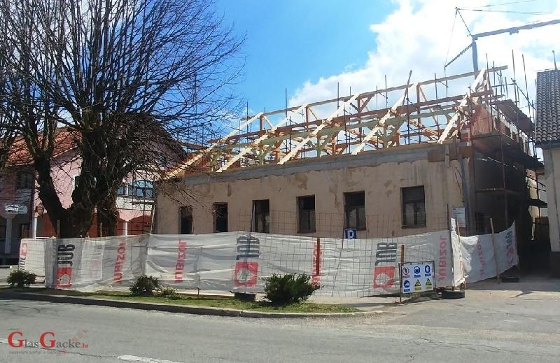 Radovi na Kulturnom centru u Brinju u punom jeku