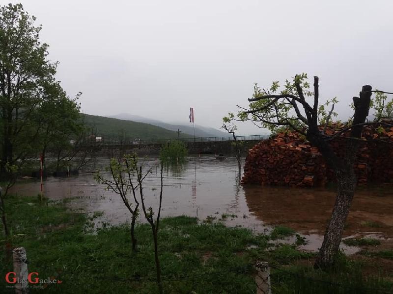 Borba s poplavom u Općini Brinje
