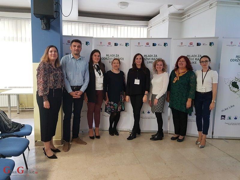 """Održana početna konferencija projekta """"Mladi za održivi razvoj Like"""""""