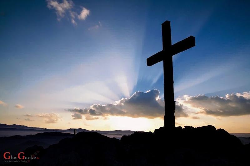 Uskrsni ponedjeljak je dan kada se kršćani spominju puta uskrslog Isusa s dvojicom učenika…