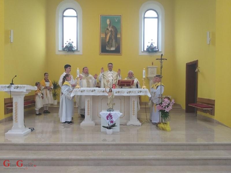 Proslava 100 godina rođenja svetog zaštitnika Ivana Pavla II. u Donjem Lapcu