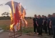 Umjetnost u Vinkovcima – spalili crvenu zvijezdu