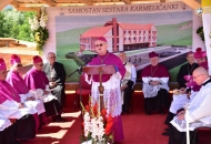 Blagoslovljen temelj novog samostana bosonogih karmelićanki u Gospiću