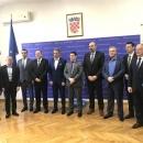 Potpisani ugovori o luci Novalja i Karlobag