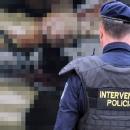 Automobilom pregazio interventnog policajca